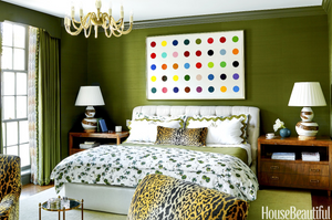 HOT FOR HUE: GREEN DECOR IN THE BEDROOM