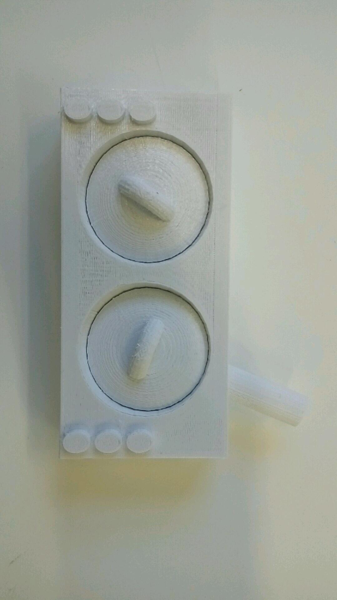 קופסת תכשיטים בצורת רדיו