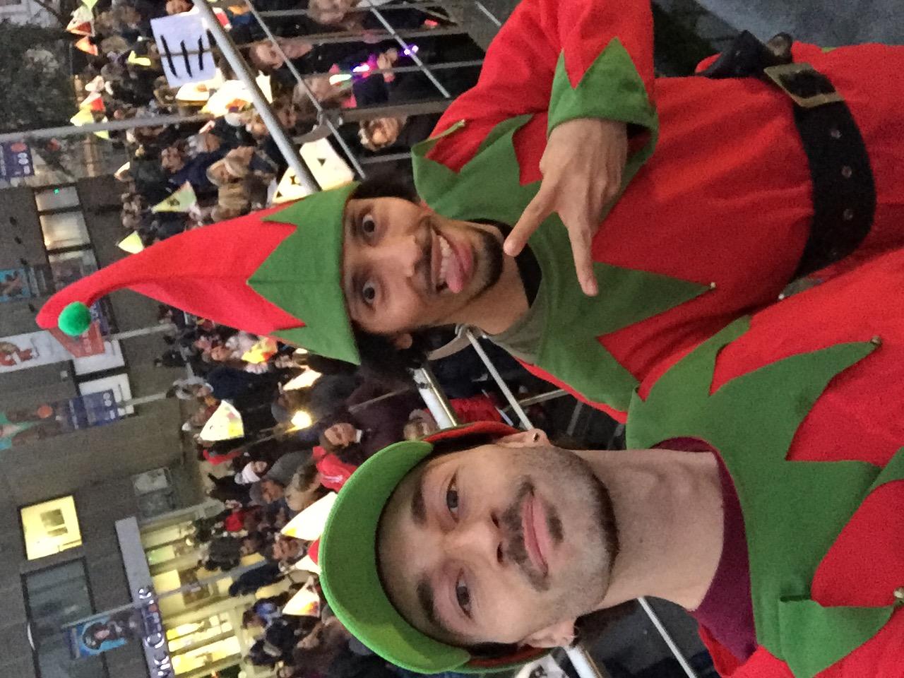 Elf dancers