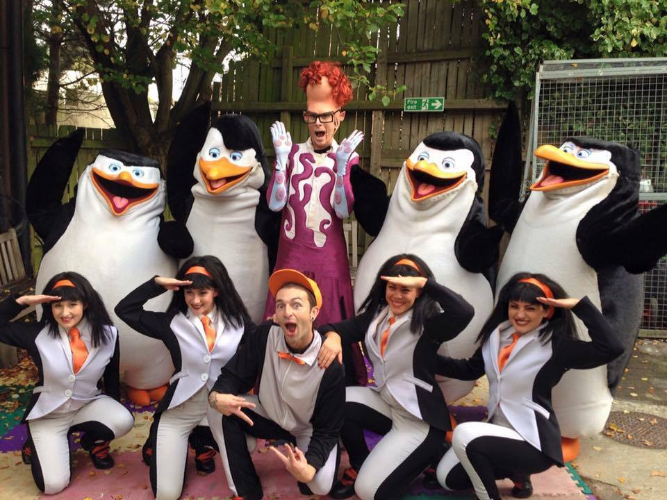 Last show of Penguins LIVE cast