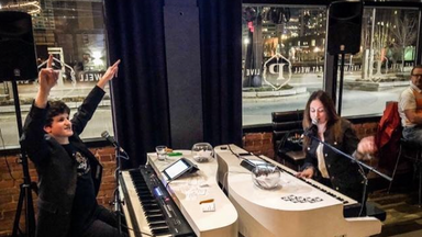 The Grand Dueling Pianos Live at Parlour
