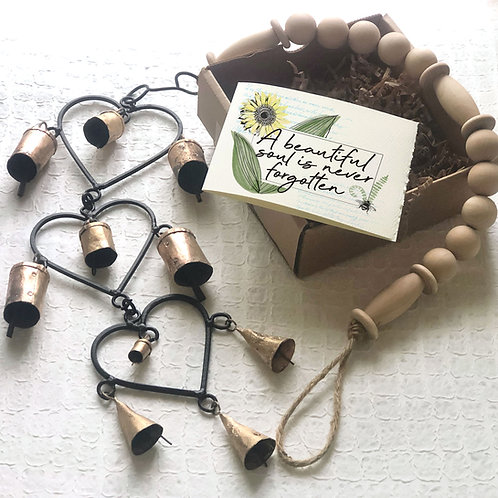 MEMORIAL 3 HEART WIND CHIME gift box