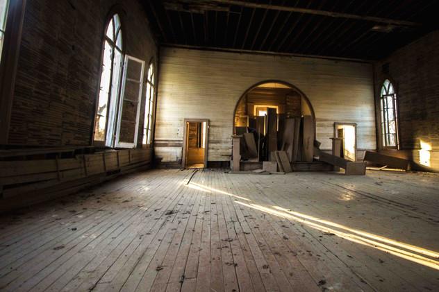 rodney-baptist-interior-mississippi.jpg