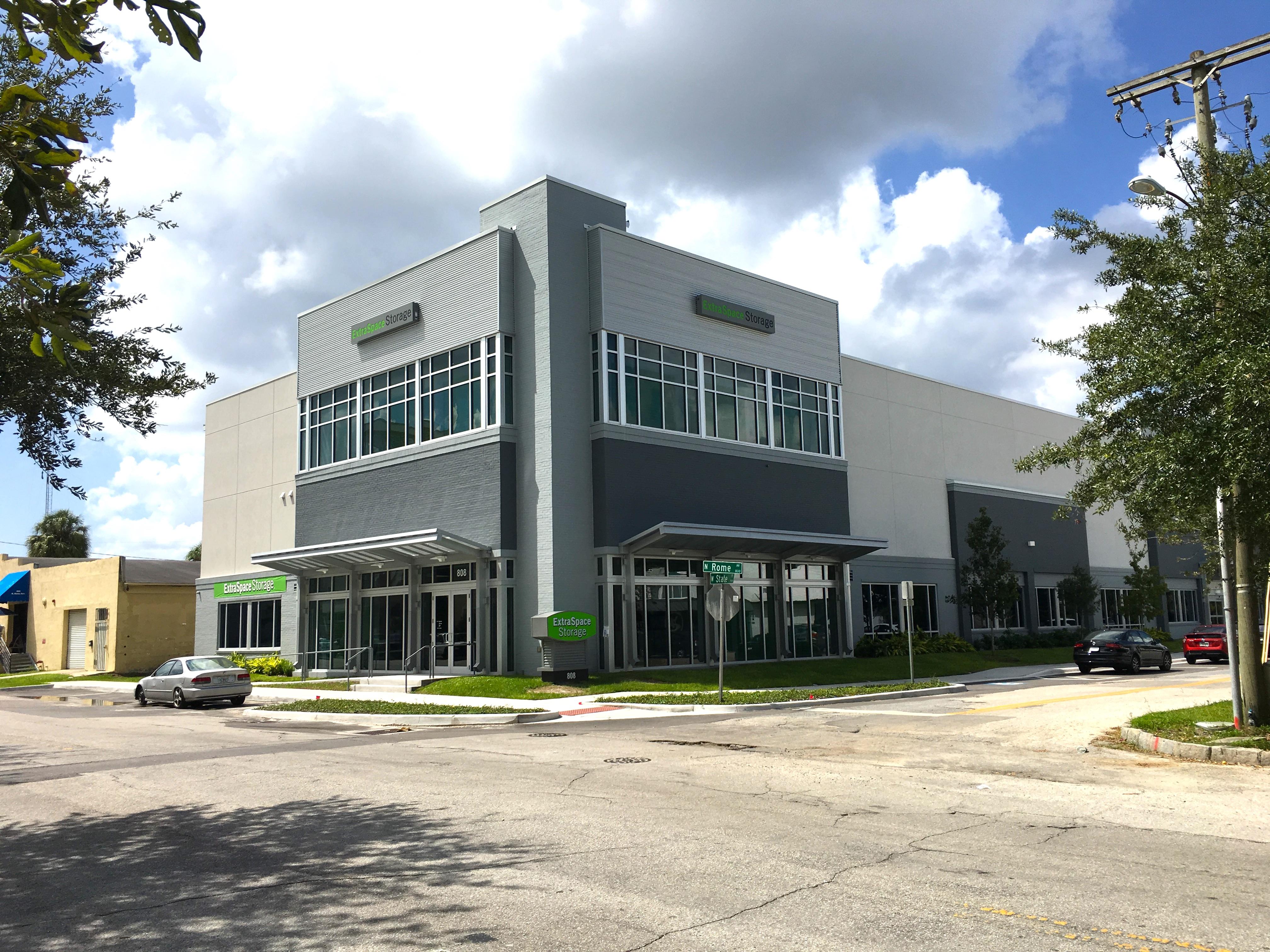 ExtraSpace Storage - Tampa, FL