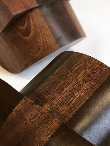 Detail of the Sapele wood