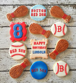 Happy Birthday, Lincoln!  It was a #bostonredsox theme for this 8 year old's party! _#customcookies
