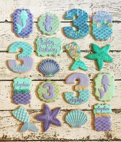 #mermaidcookies for Sophia's 3rd birthday!  Loved this set!  Thank you, Michelle! 💜__#customcookies