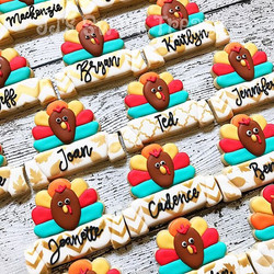 Thanksgiving cookie place cards. Love the butterball plaque from _thats_a_nice_cookie_cutter