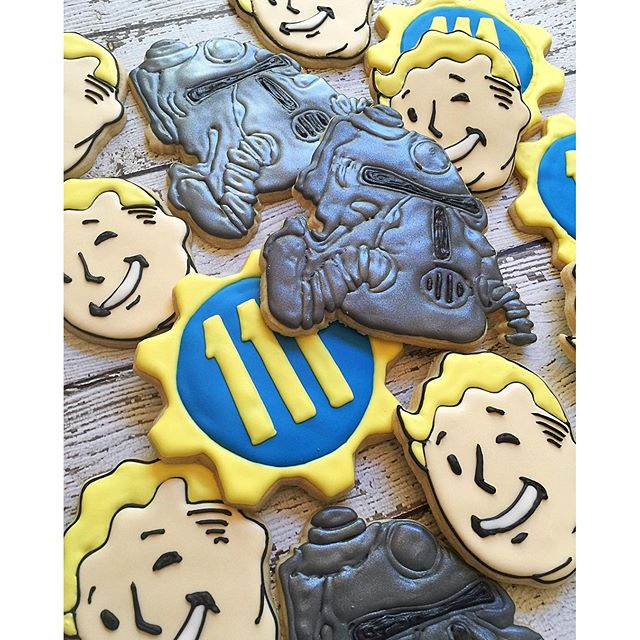 Fallout 4 theme! _#customcookies #decoratedcookies #decoratedsugarcookies #sugarcookies #royalicingc