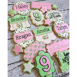 There's an #americangirl party today to celebrate Amelia's 9th birthday!  Love this color combo as r