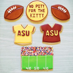Go #Devils!! #nopityforthekitty #asuvsuofa  #asu #footballcookies #asucookies #customcookies #decora