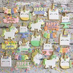 Pastel unicorn set for Sophia's 4th Birthday!  And of course, apropos to use the kirakira glitter ap