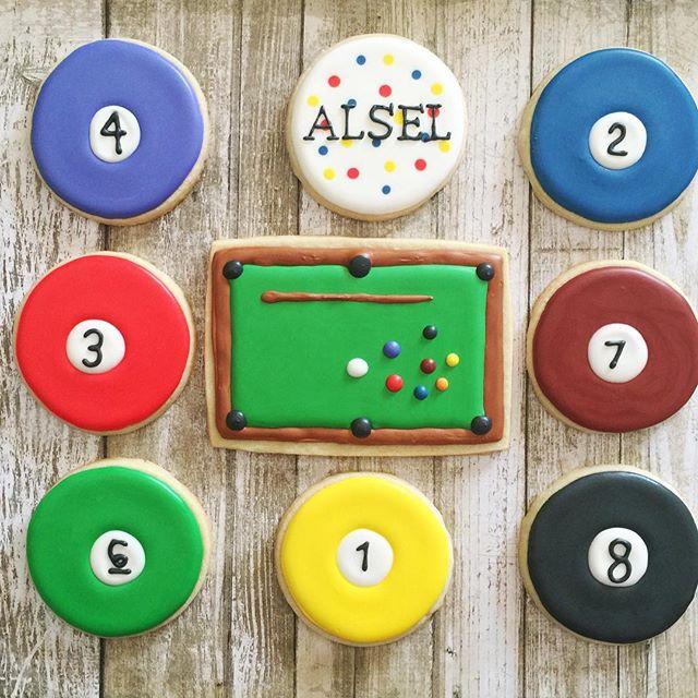 #billiards #pool #eightball #customcookies #decoratedcookies #sugarcookies #royalicing #edibleart