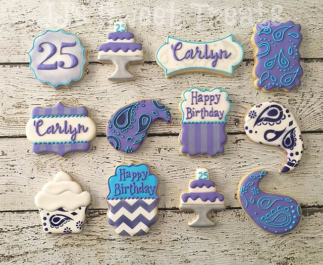 Purple and Paisley for Carlyn's 25th Birthday!  I love doing plaques _sugarcomacookies style