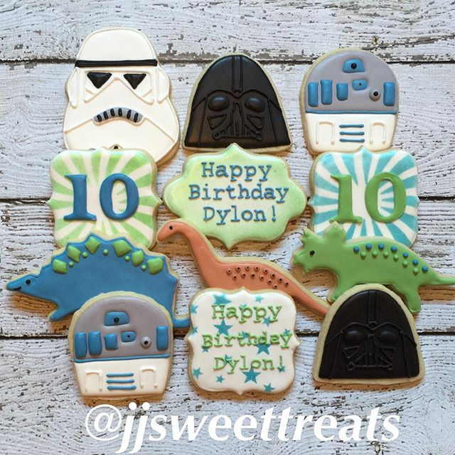 #starwars and #dinosaurs theme party!  Happy 10th Birthday, Dylon!  #customcookies #decoratedcookies