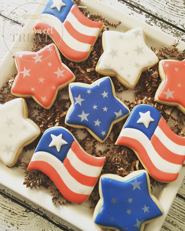 Happy 4th of July! ❤️🇺🇸💙 #customcookies #decoratedcookies #decoratedsugarcookies #sugarcookies #c