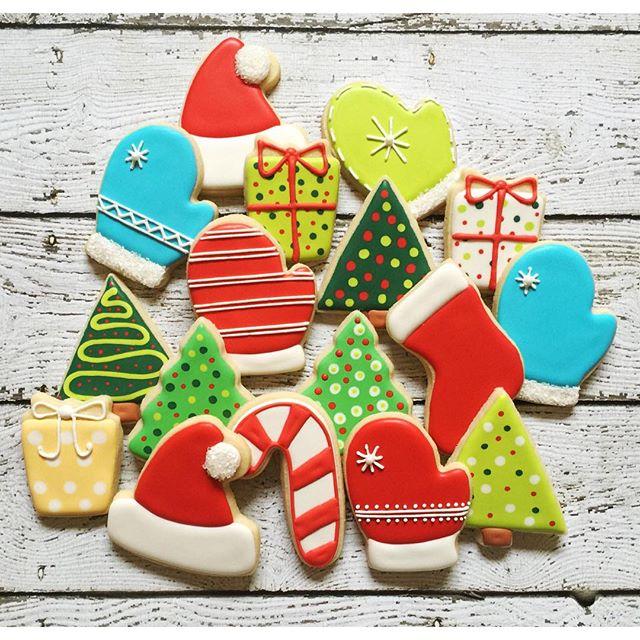 #christmascookies #customcookies #decoratedcookies #decoratedsugarcookies #sugarcookies #jjsweettrea