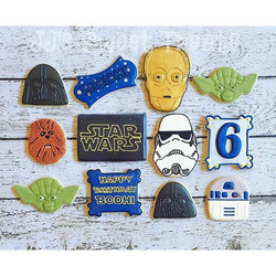 #customcookies #decoratedcookies #starwarscookies Thank you _sweetsugarbelle, once again, for the #s