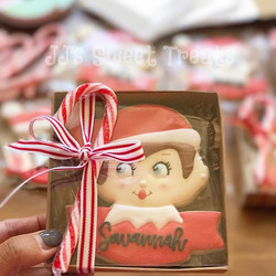Packaging #elfontheshelf cookies this morning