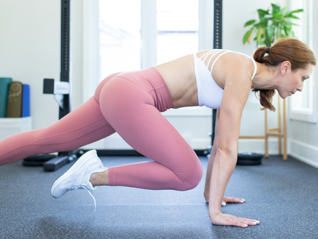 9-min Plank Core & Glutes Workout