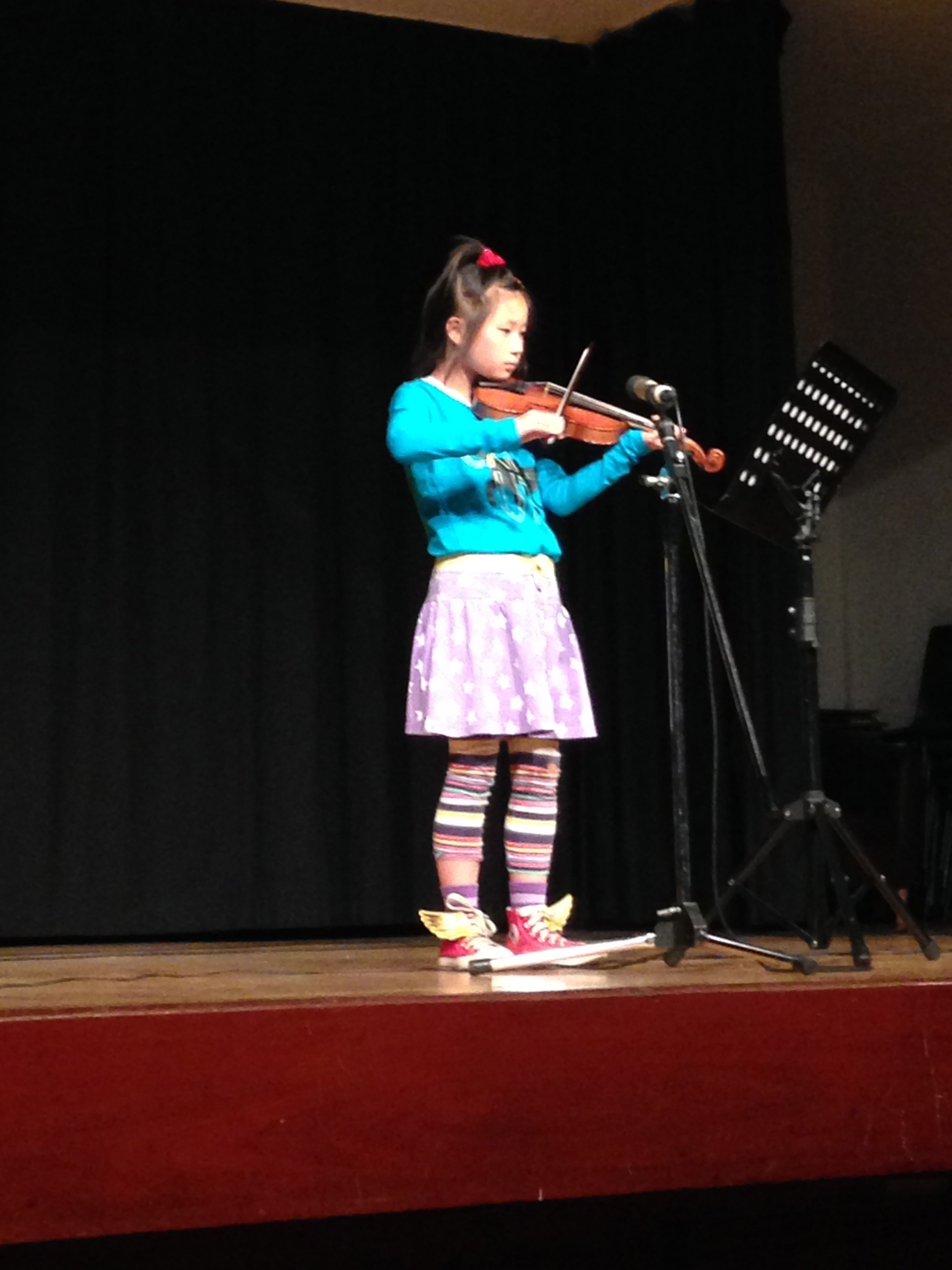 Young ESM student playing violin