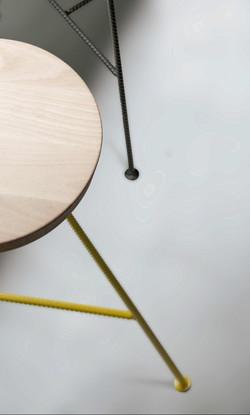Табурет TATU барный из дерева и металла.