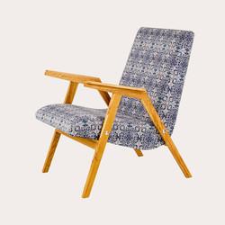 Кресло RONNIE  в скандинавском стиле из дуба