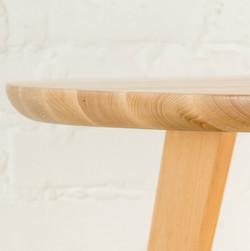 стол-SKIVA-круглый-дизайн-лофт