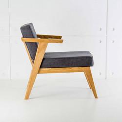 Кресло STAY из дерева в скандинавском стиле