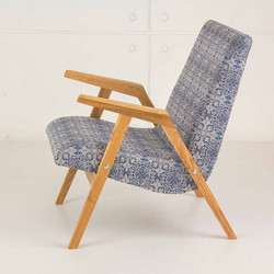 Кресло RONNIE  в скандинавском стиле ножки из дуба и каркас из бука