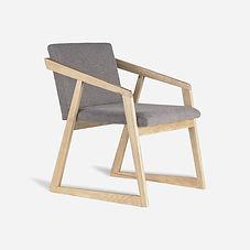Кресло OREO из дуба в скандинавском стил