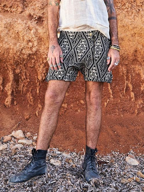 Geometry Cream&Black Shorts