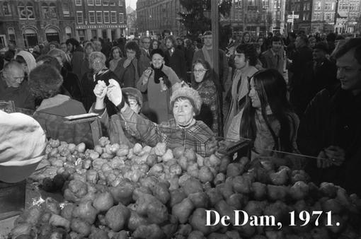 Oliebollen op de Dam, 1977.