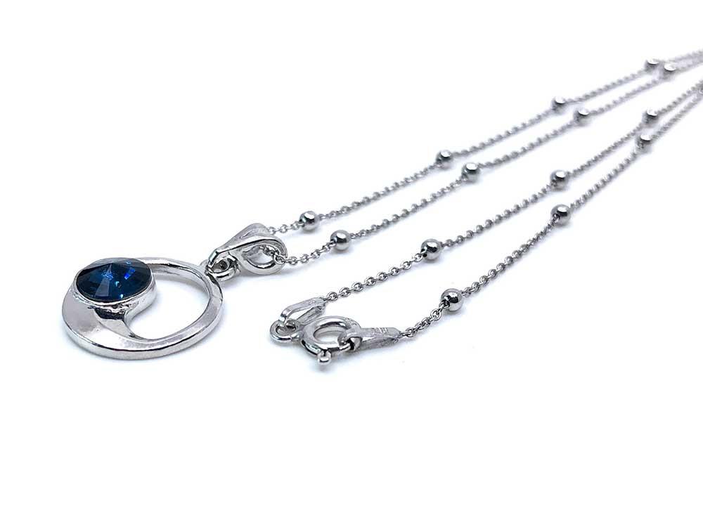 collar con cristales swarovski