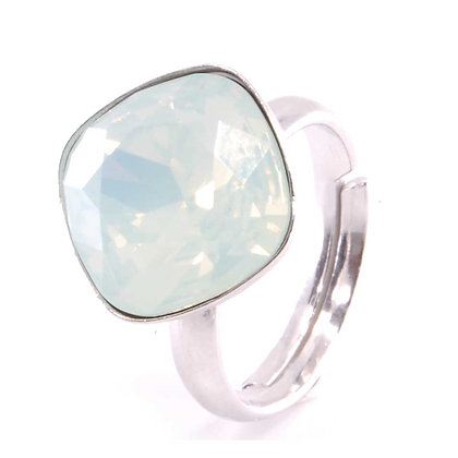 Square Ring Chrysolite