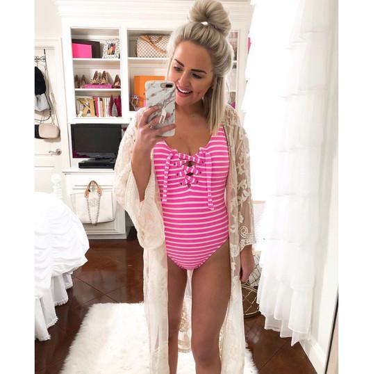 model-girl-swimwear-design-2019-custom-m