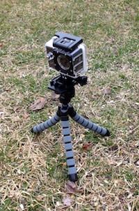 SJCAM 4000 on mini tripod