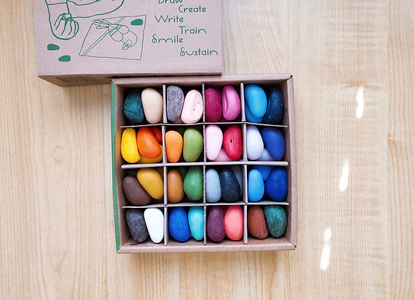 32 Colors Just Rocks in a Box  - 64 Crayons