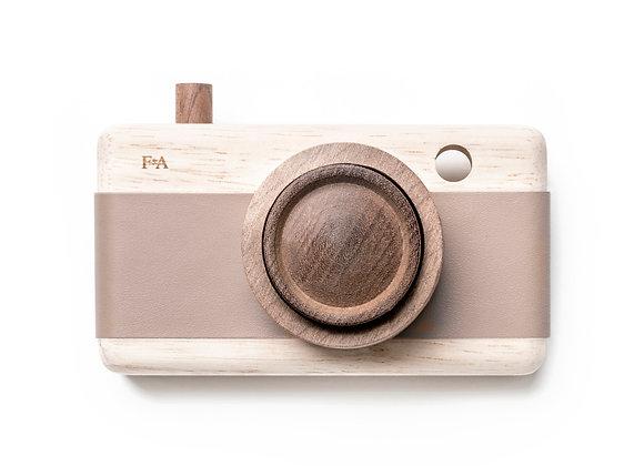 Camera- Cat's Paw Pink