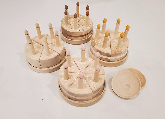 Wooden Sprinkle Cakes with Plates (접시 2개)