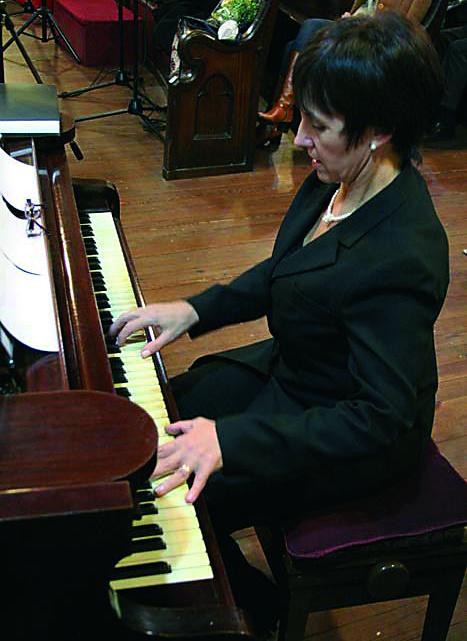 liliana_piano