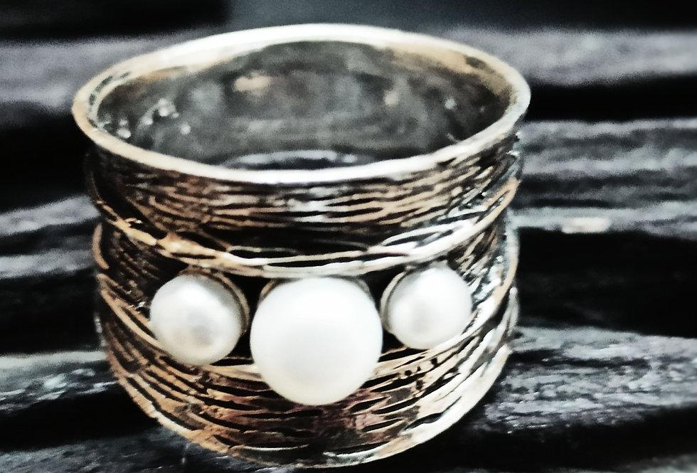 Oxyderet fingerring med perler