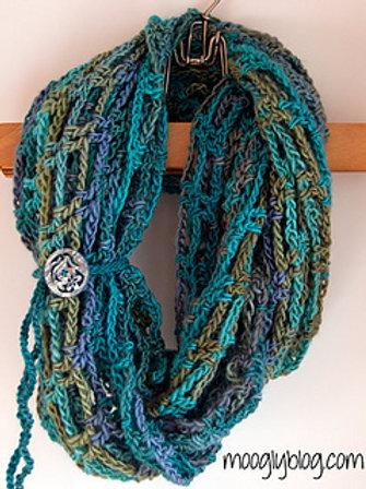 Artfully Simple Infinity Kit (crochet)