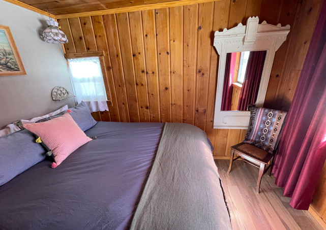 Juniper - Bedroom