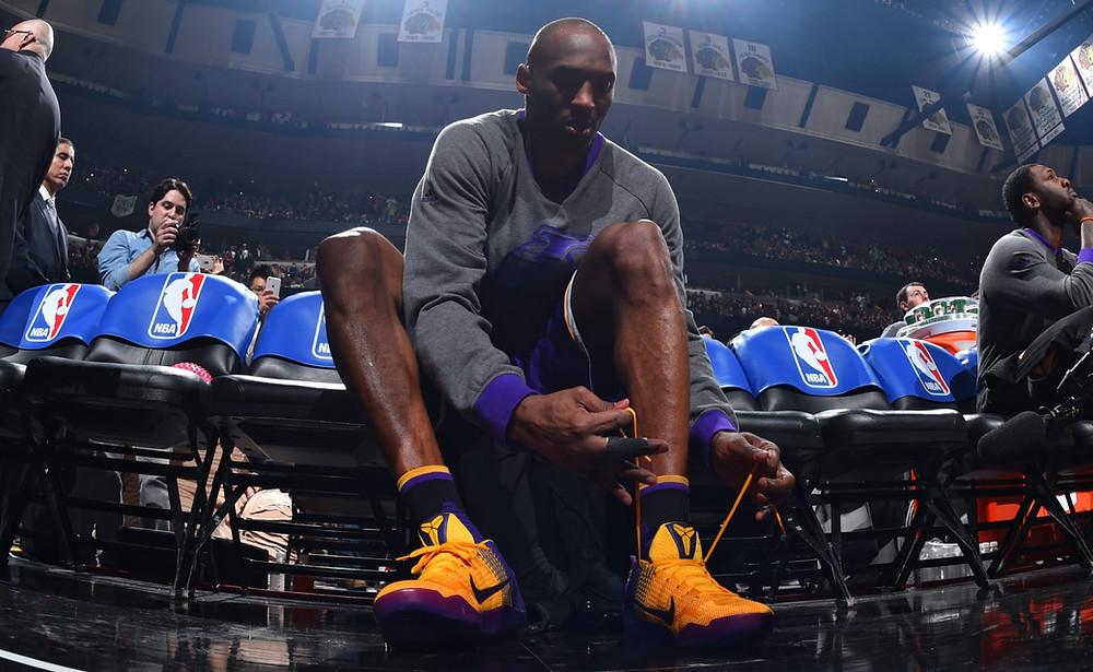 Kobe_Bryant_sneakers_NBA_Around_the_Game