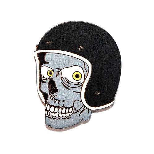 Череп в шлеме