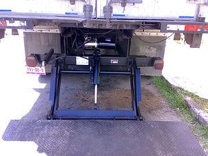 Instalacion de cilindro hidraulico en ra