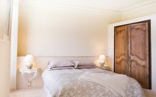bedroom 1 again.jpg
