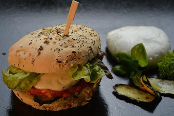 Burger TOMATE MOZARELLA BASILIC 6.JPG