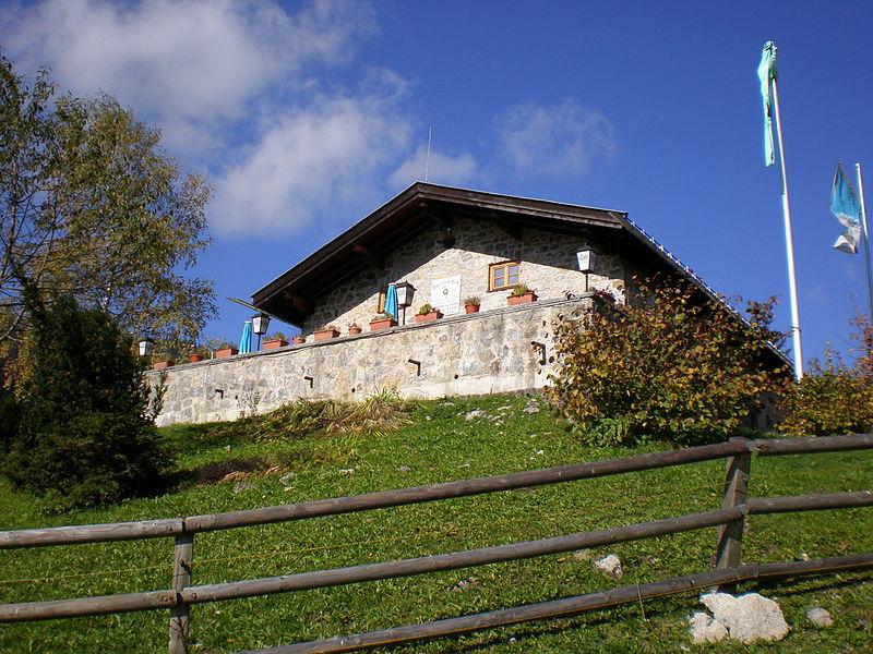 800px-Albert-Link-Hütte